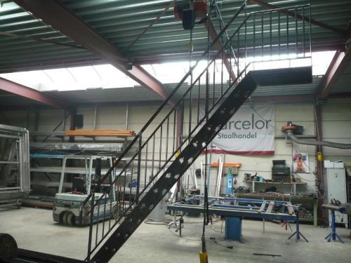 trap in aanbouw